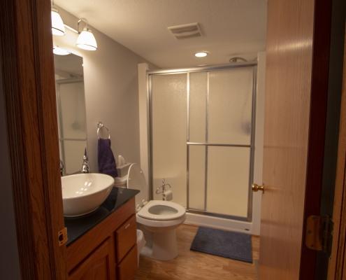 Bathroom between bedrooms 1&2